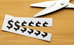 Governo corta R$ 42 bi em gastos e eleva imposto sobre folha de pagamento de empresas
